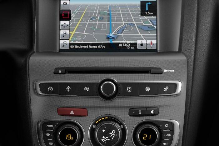 SMEG Navi DAB - System nawigacji cyfrowy z tabletem dotykowym 7'