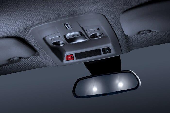 Elektrochromatické spätné zrkadlo + Pack AUTO (Automatická klimatizácia, dažďový senzor, automatické svetlá)
