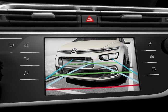 Reversing camera (displayed on 7 inch Touch Drive)