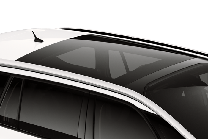 Panoramic sunroof (with dark tinted glass and electric sliding blind)