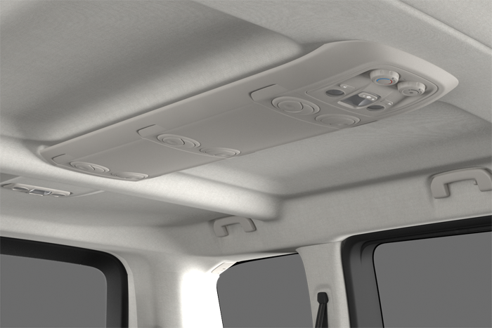 Additional rear air conditioning in row 2 (vents in ceiling console)
