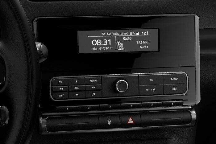 Audio sistem RD6 s prostoročnim telefoniranjem Bluetooth®, USB in 6 zvočniki