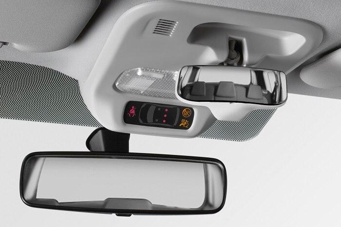 Dodatkowe lusterko kierowcy do obserwacji pasażerów w II rzędzie